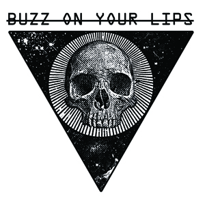 BUZZ_ON_YUOR_LIPS_TSHIRT_31